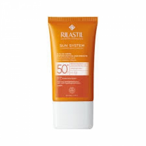 RILASTIL SUN SYSTEM D-CLAR SPF 50+ CREMA LIGHT 40 ML